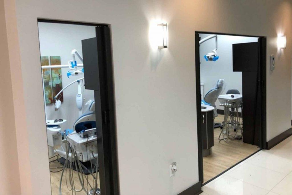 Aislamiento de espacios en Sonria Dental Care 2